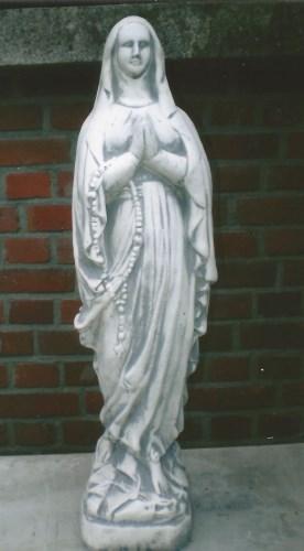 Maria lourdes